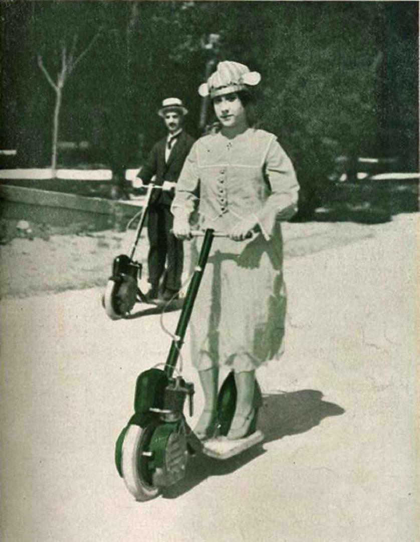 Autoped, ¿el primer patinete con motor de la historia?