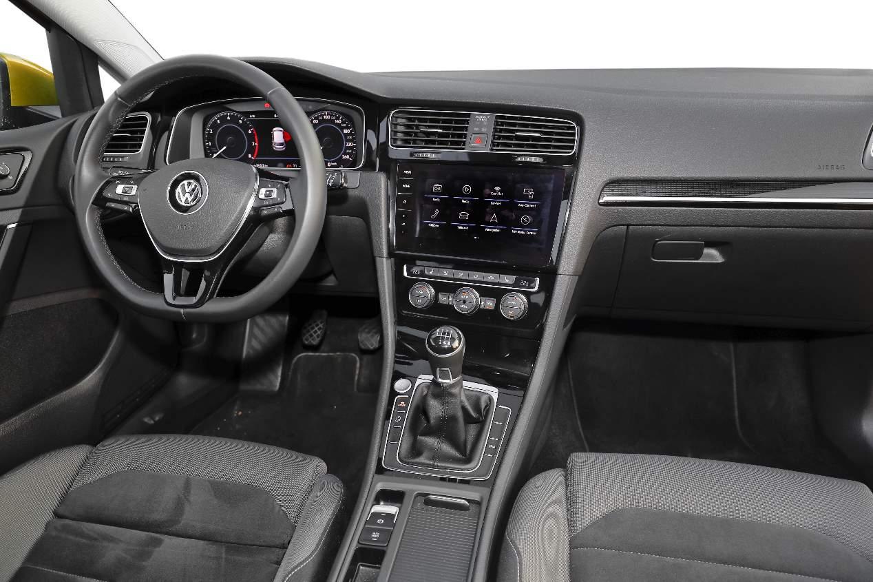 Comparativa Kia Ceed 1.4 T-GDi vs VW Golf 1.5 TSi