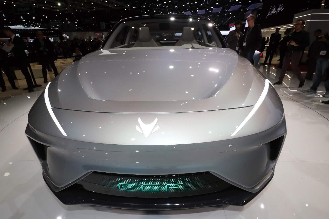 Arcfox ECF, el SUV chino diseñado por Walter de Silva, en fotos