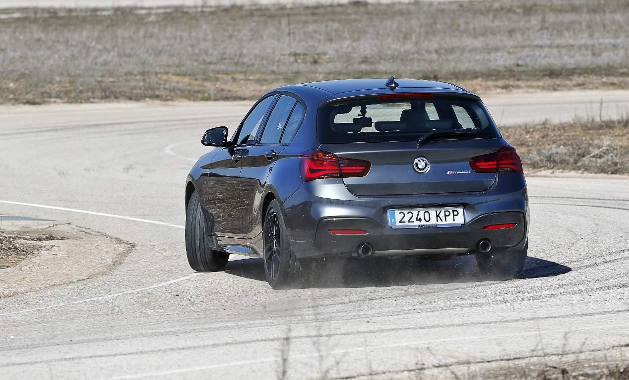 Comparativa: BMW M140i vs VW Golf R
