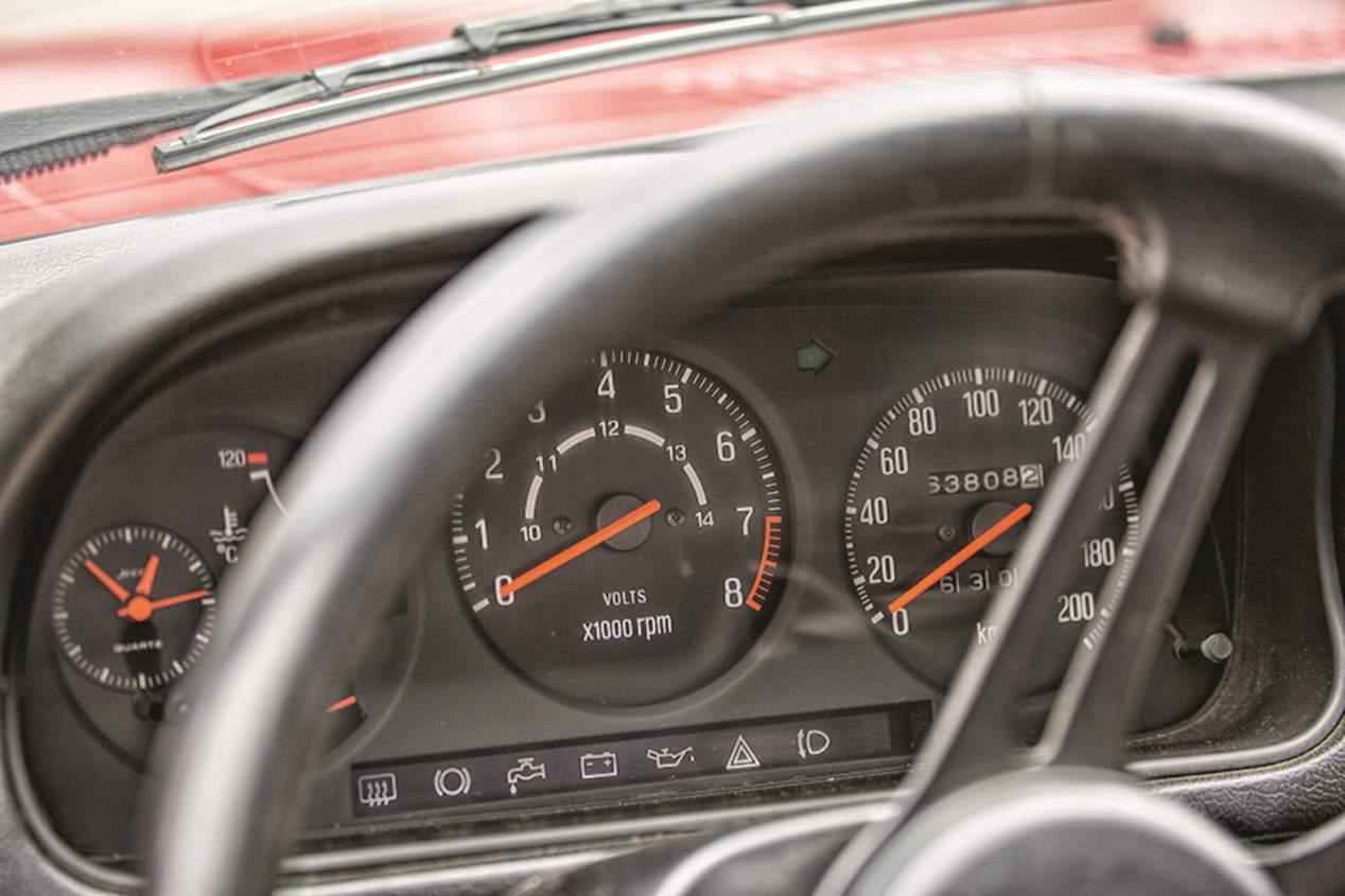 A prueba el Mazda RX-7 (1978) de primera generación