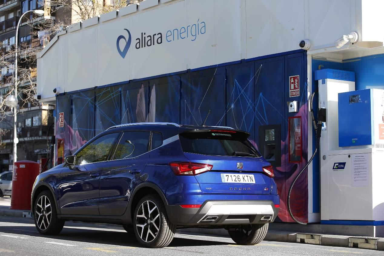 A prueba el Seat Arona TGI, el primer SUV del mundo híbrido de gas GNC y gasolina
