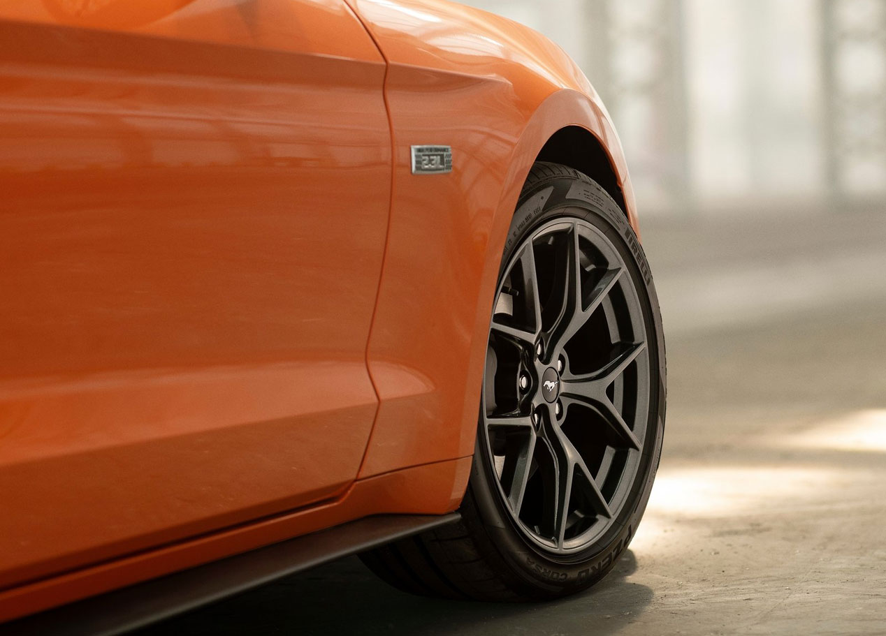 ford-mustang-ecoboost-high-performance-package-asi-es-la-nueva-version-del-deportivo
