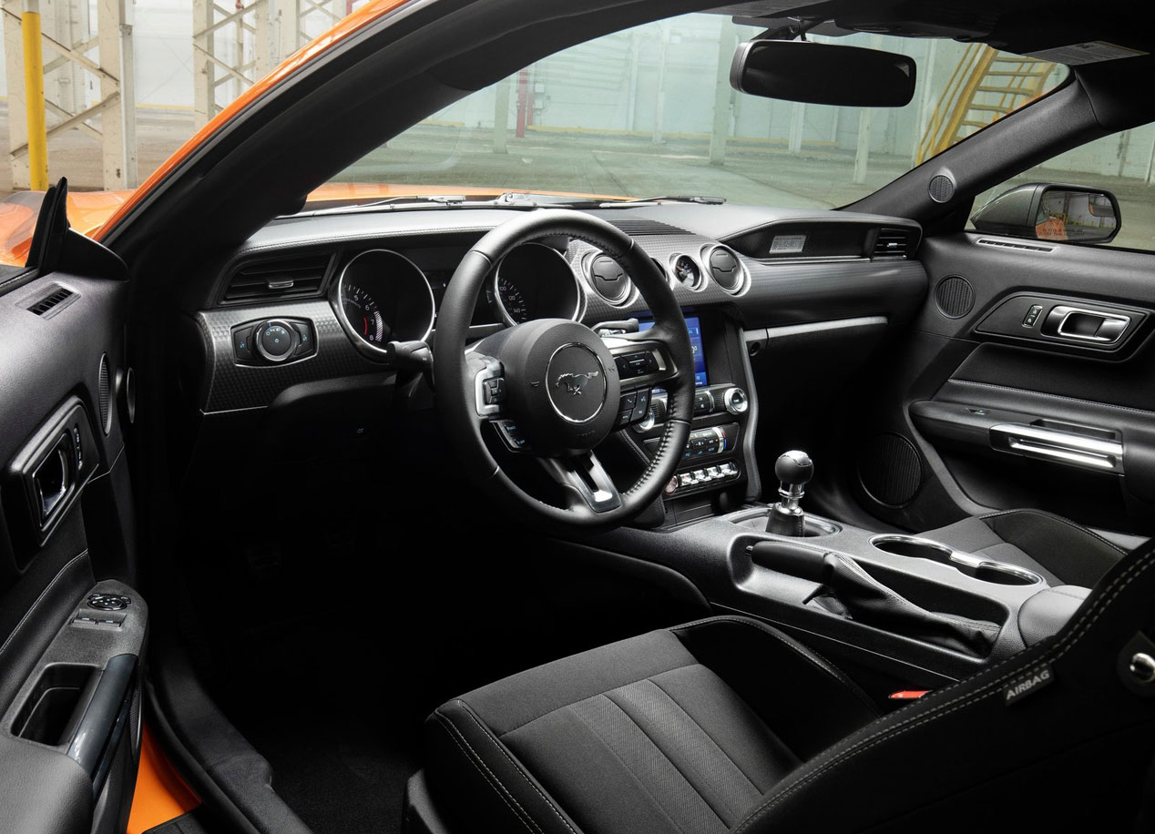 Ford Mustang EcoBoost High Performance Package, así es la nueva versión del deportivo
