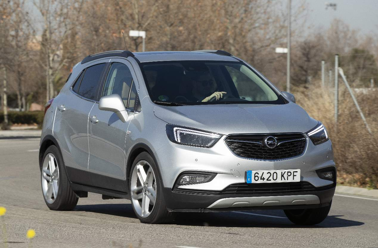 Comparativa: Opel Mokka X GLP vs Toyota C-HR