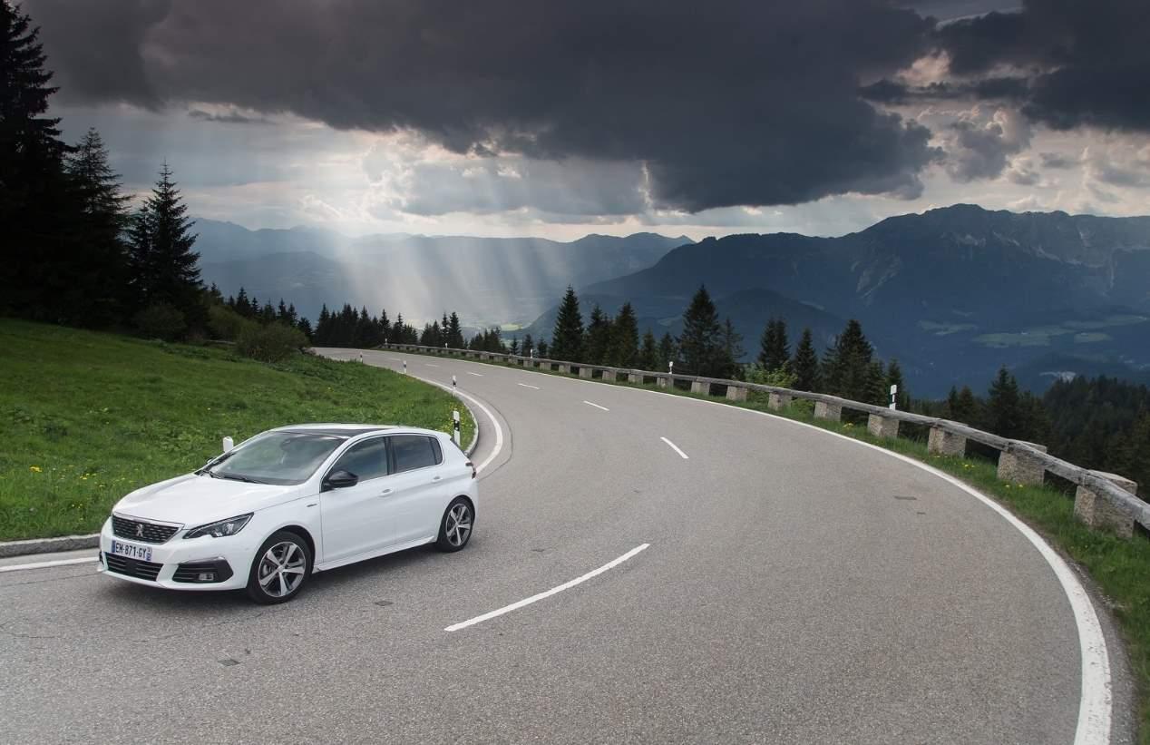 El compacto Peugeot 308 se actualiza: así es su renovación