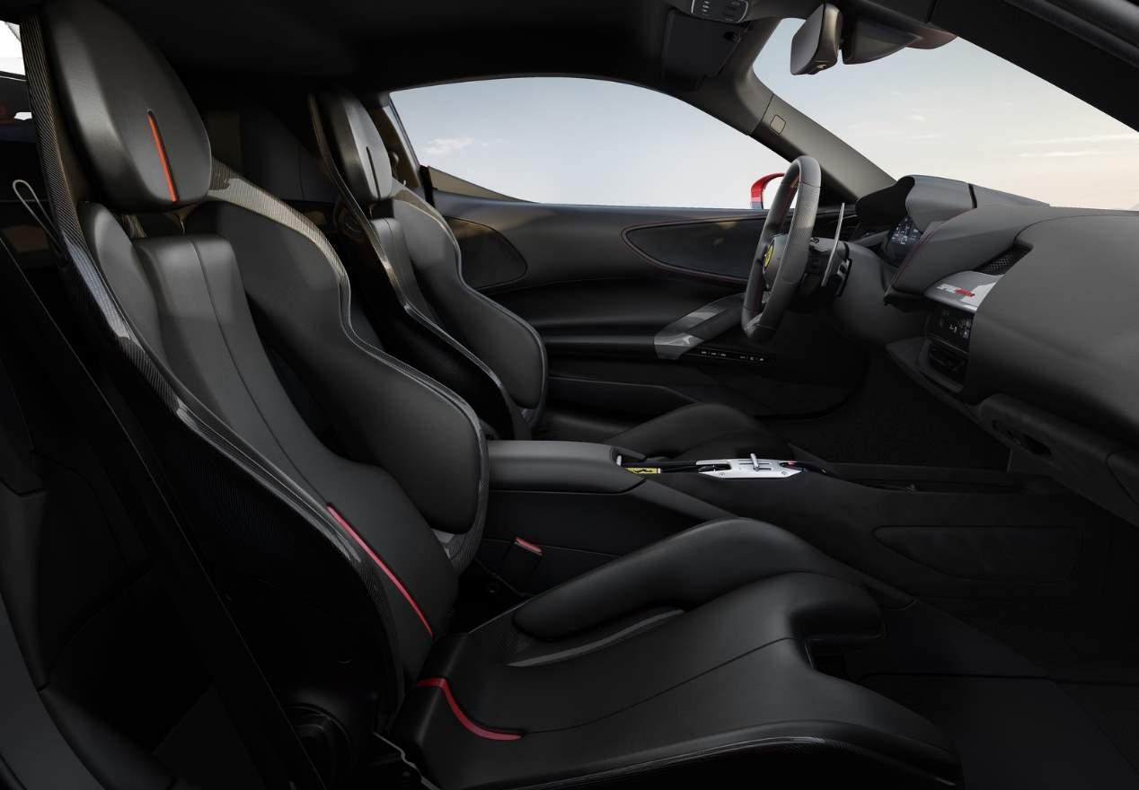 Ferrari SF90 Stradale: las mejores fotos del superdeportivo híbrido
