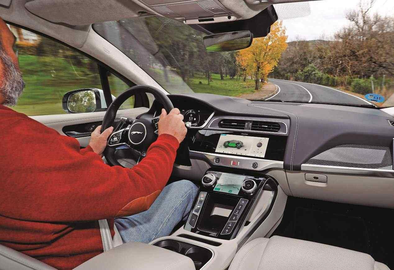 Audi e-Tron y Jaguar i-Pace: los nuevos SUV eléctricos, a revisión