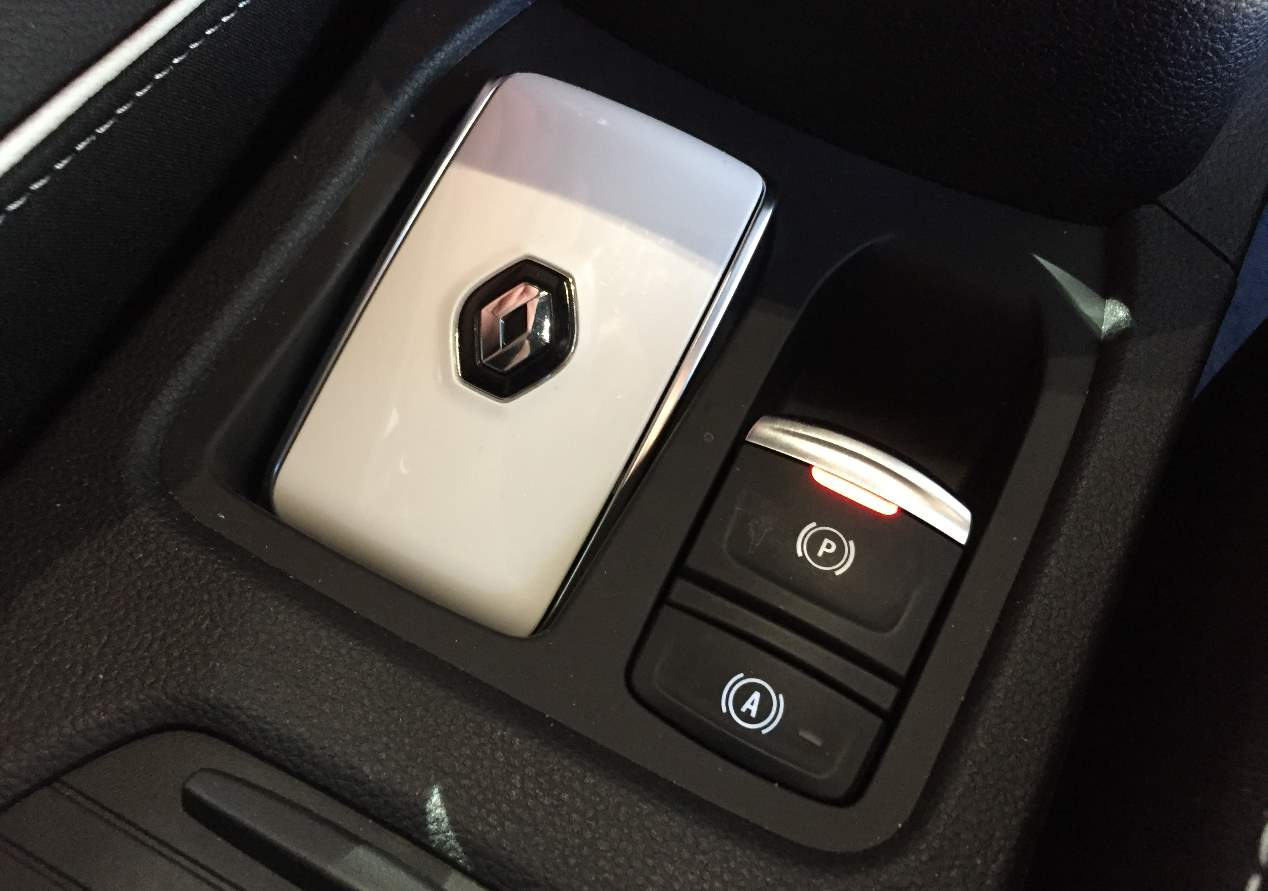 Renault Clio 2019: las fotos clave del interior y de su sistema multimedia
