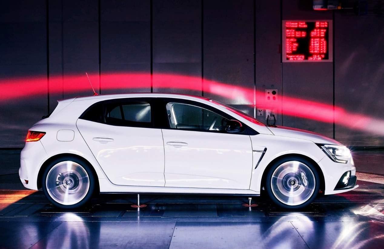 Renault Mégane 2020: el compacto contará con versión híbrida enchufable