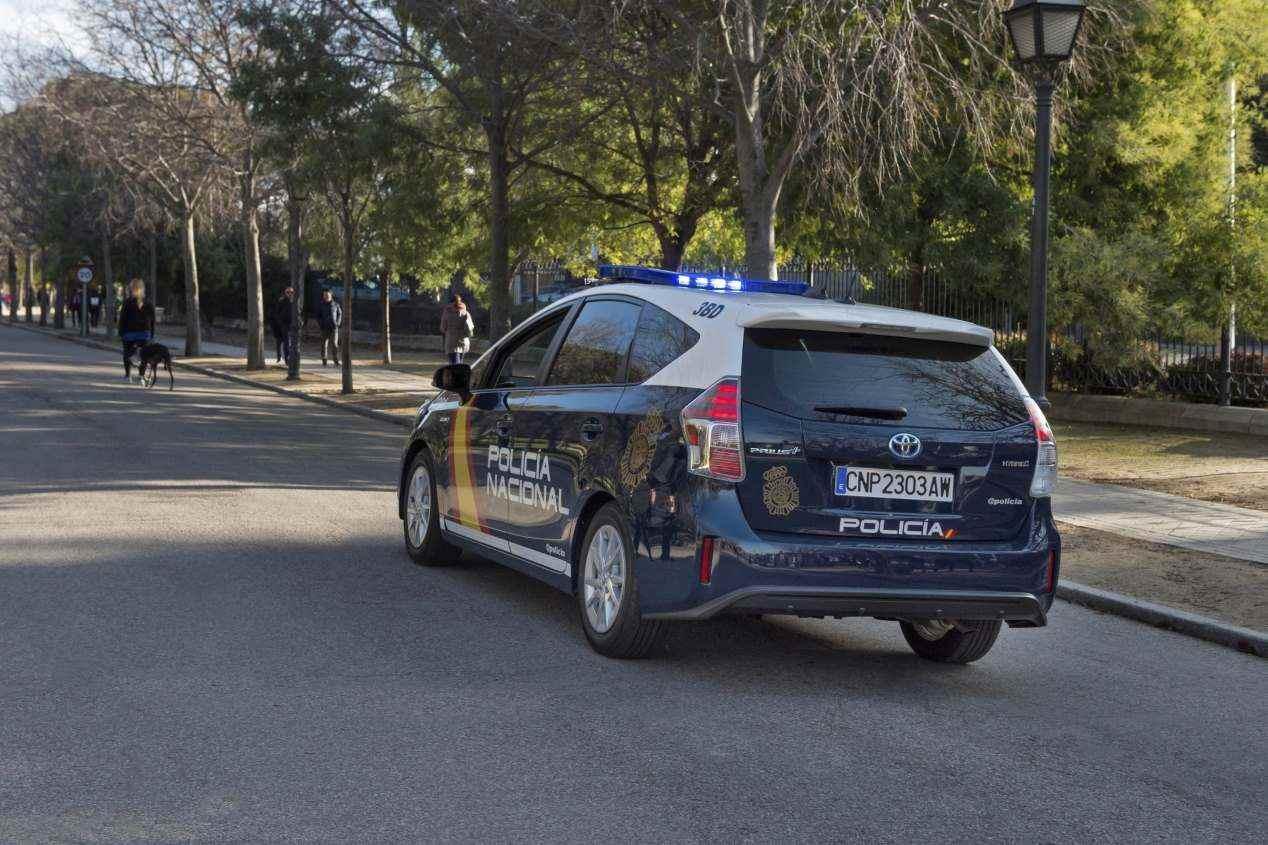 Así es el nuevo coche patrulla iZ de la Policía Nacional