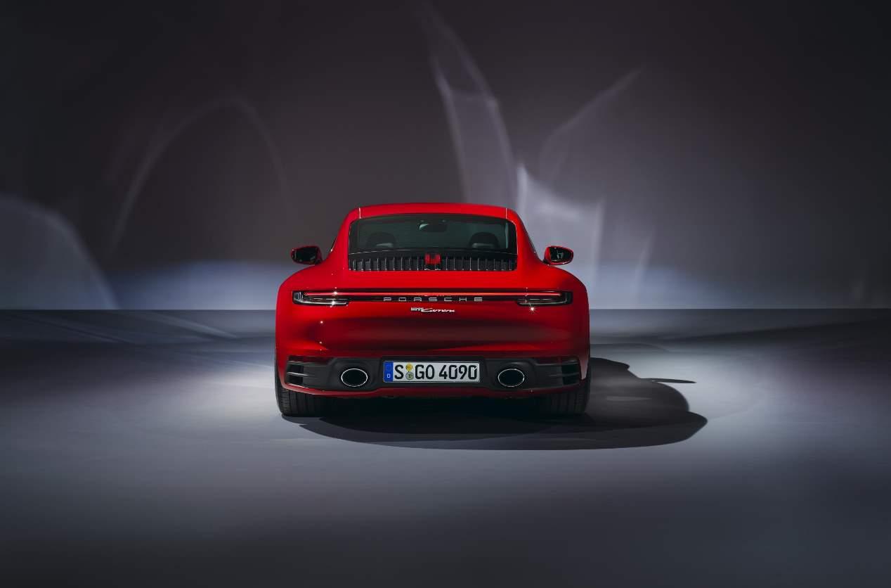 Ya a la venta los Porsche 911 Carrera Coupé y Cabriolet 2019 en España