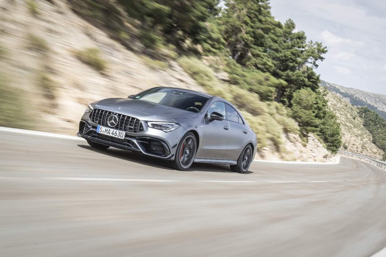 A prueba los Mercedes-AMG A 45 y CLA 45 4Matic+