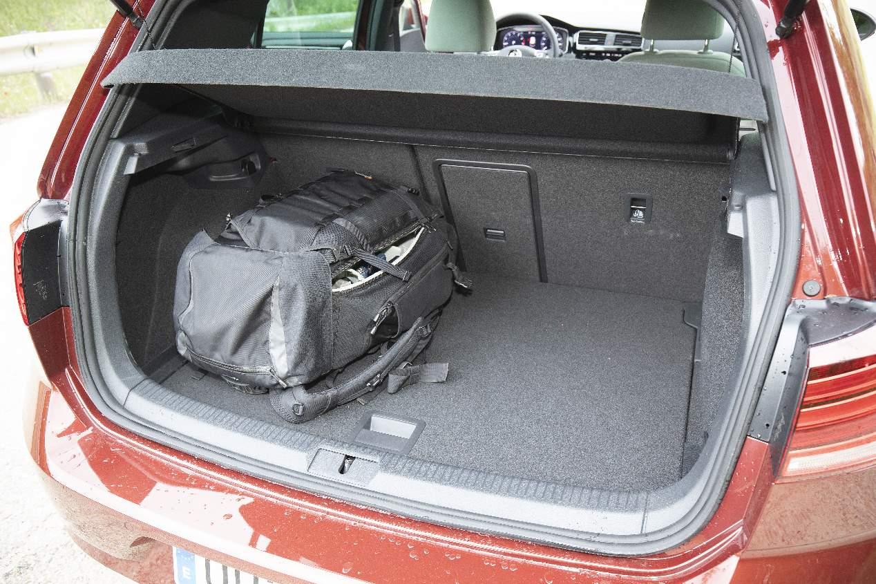 Comparativa: Mini Clubman Cooper vs VW Golf TSI