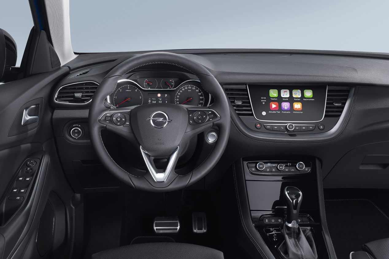 Los nuevos Peugeot 2008 vs Opel Mokka 2020, frente a frente