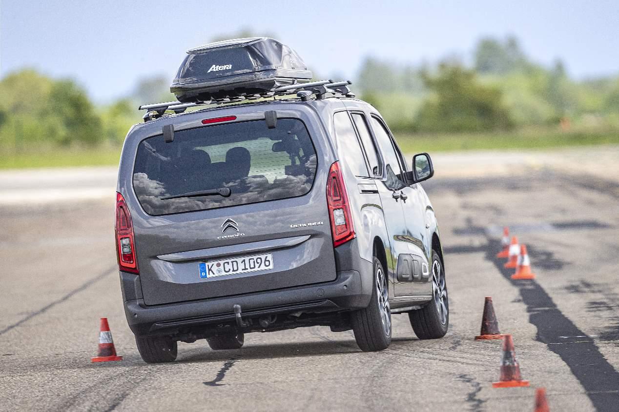 Así afecta la mayor o menor carga en la seguridad de tu vehículo