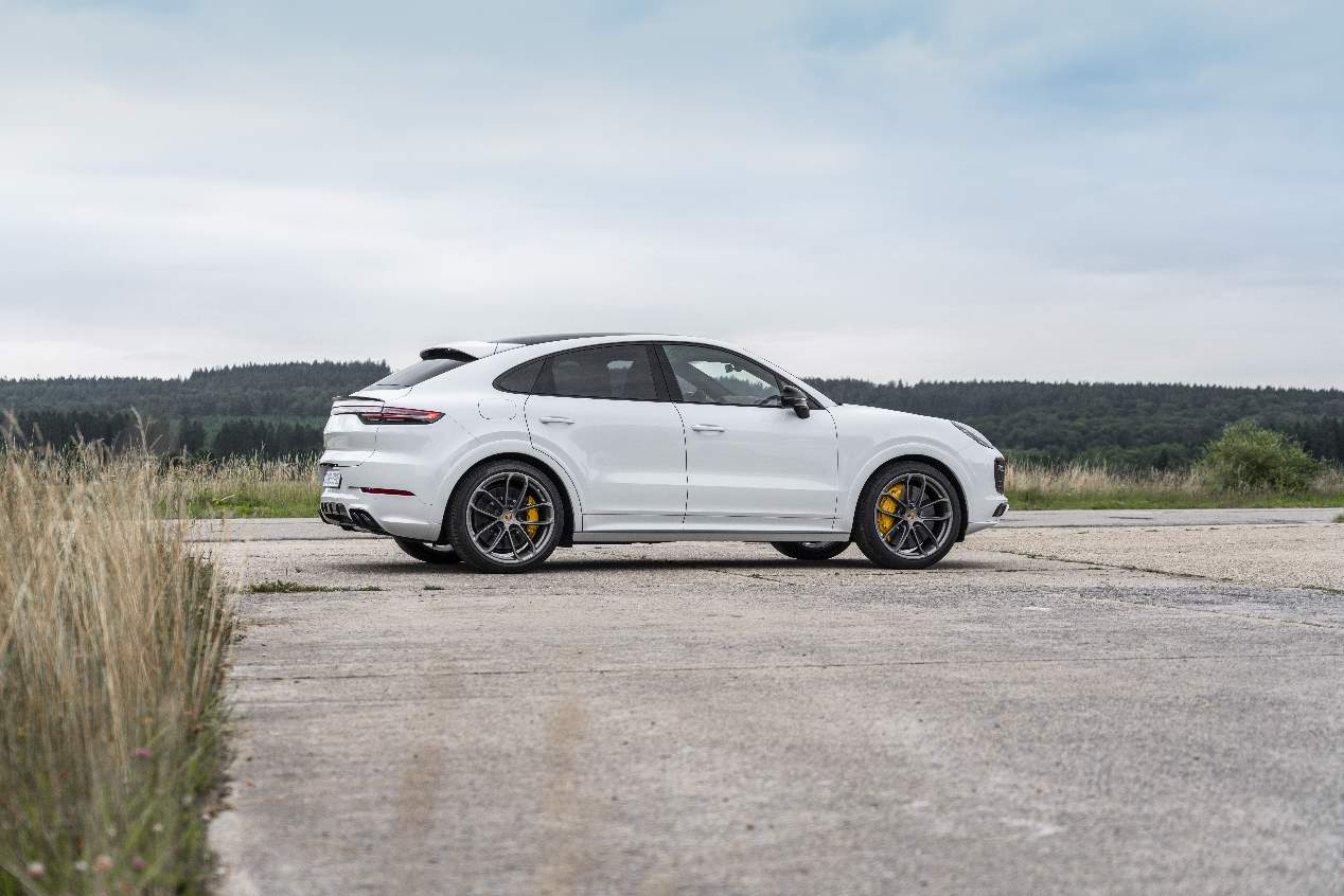 Porsche Cayenne Turbo S E-Hybrid 2019: SUV híbrido descomunal
