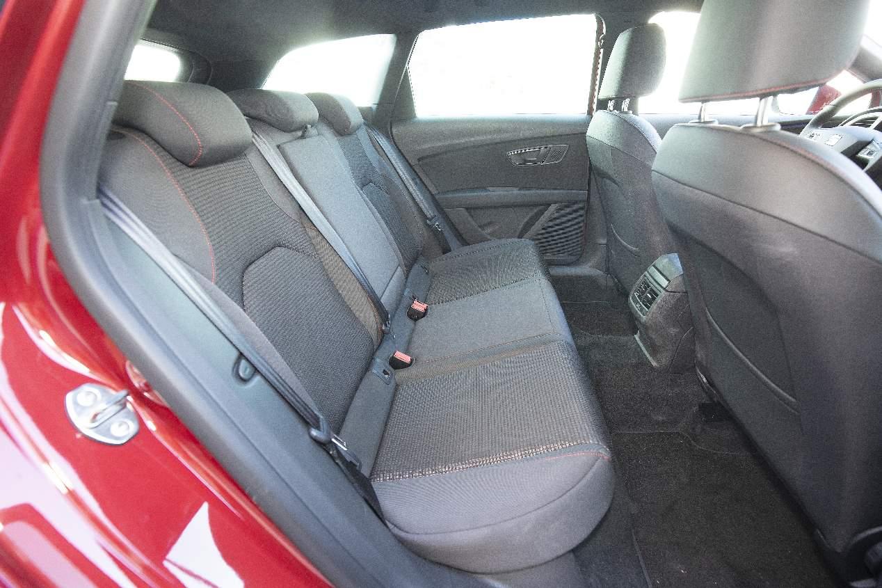 A prueba el Seat León familiar en versión bi-fuel de gas natural y gasolina