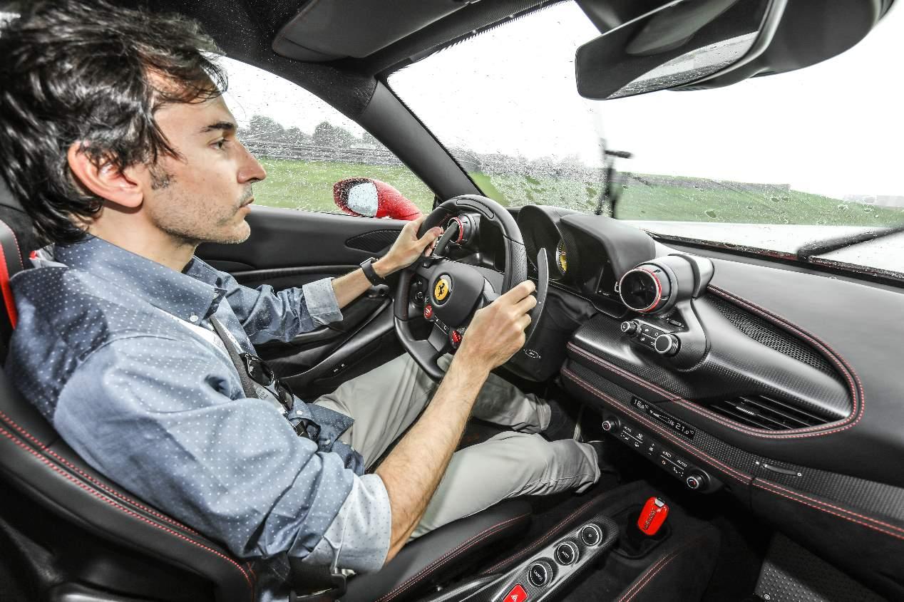 A prueba el Ferrari F8 Tributo, pura adrenalina sobre ruedas