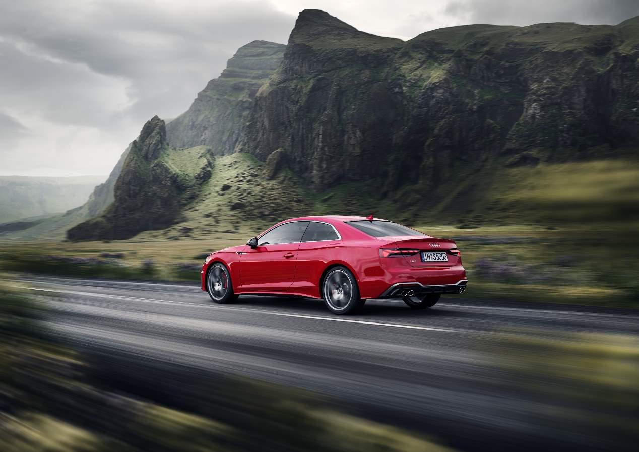 Audi A5 Sportback, Coupé y Cabrio 2020: las fotos de la renovada berlina