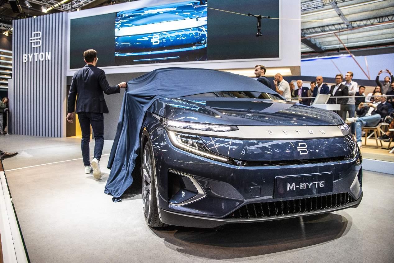 Los SUV chinos Wey S/X y Byton M-Byte, en fotos