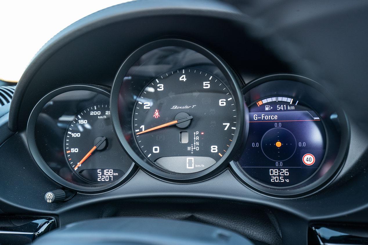 BMW Z4 vs Porsche 718 Boxster T, las mejores fotos