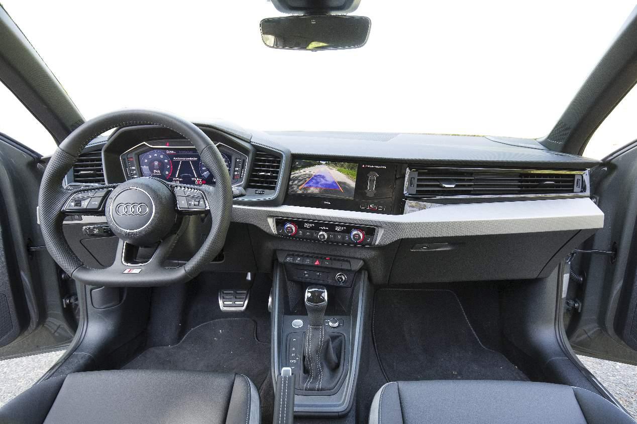 Comparativa: Audi A1 vs Mini Cooper 5 puertas