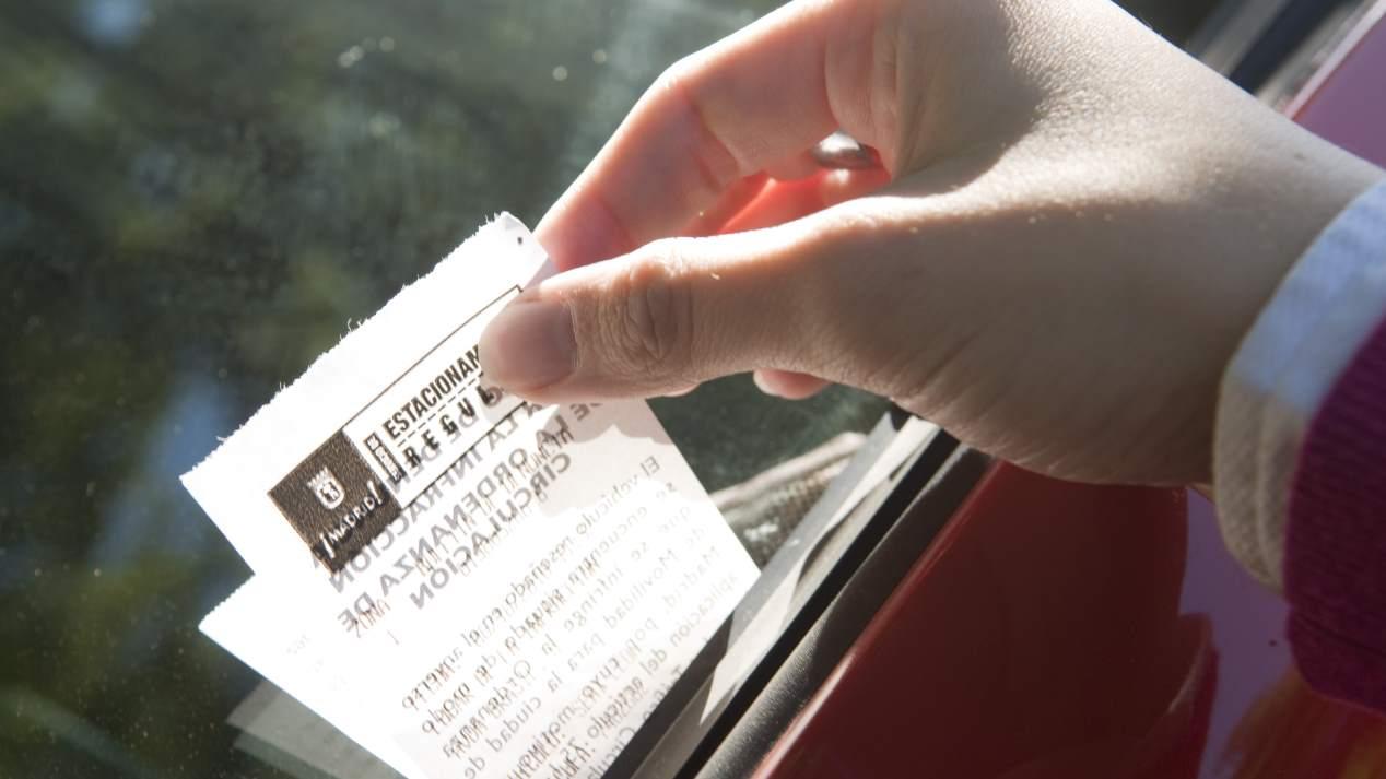 Multas de tráfico ilegales: sentencias a favor de los automovilistas
