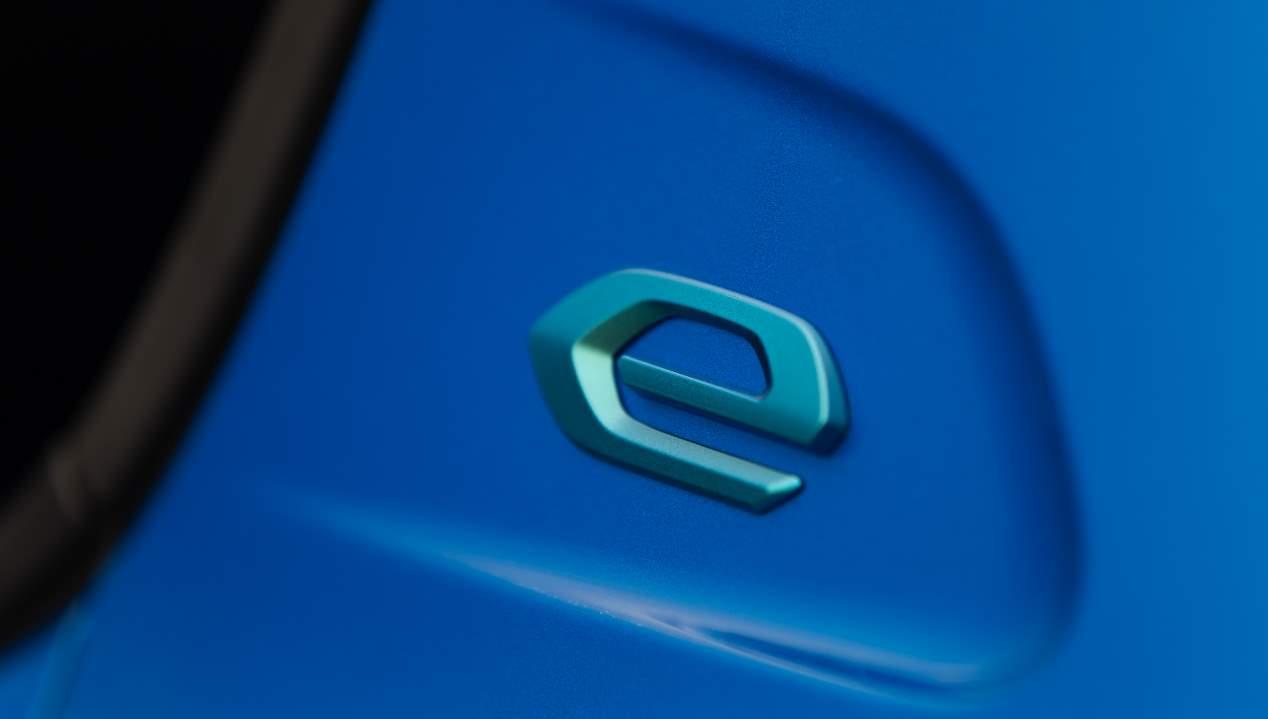 Nuevo Peugeot e-208 eléctrico: probamos el nuevo utilitario cero emisiones