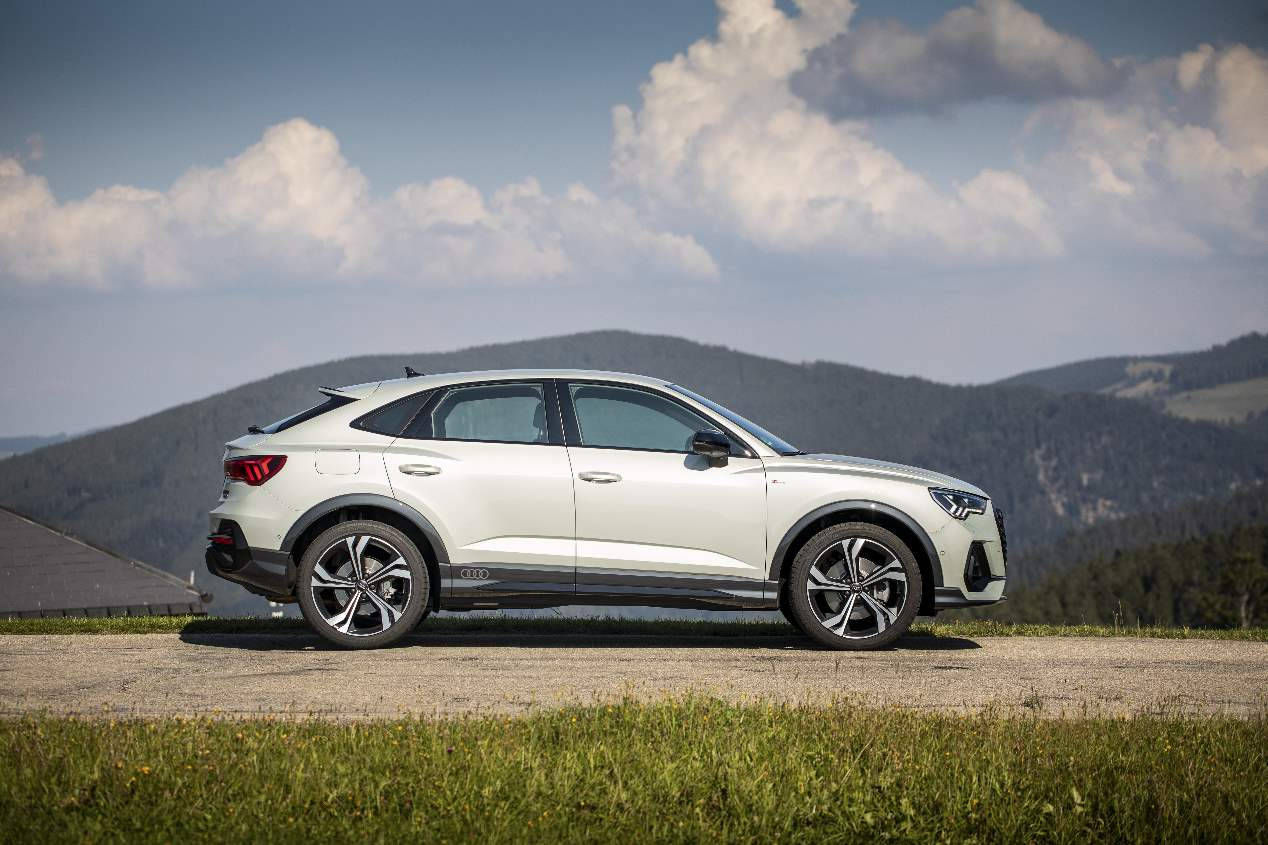 Audi Q3 Sportback vs BMW X2: buscamos el mejor SUV premium
