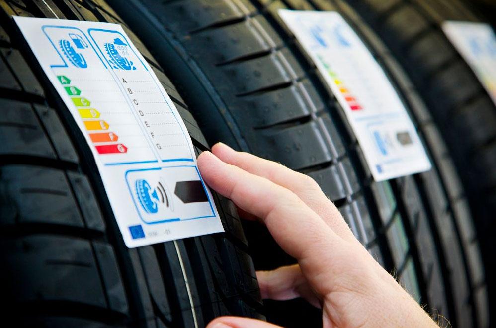¿Qué significan las etiquetas de los neumáticos? Todo lo que tienes que saber