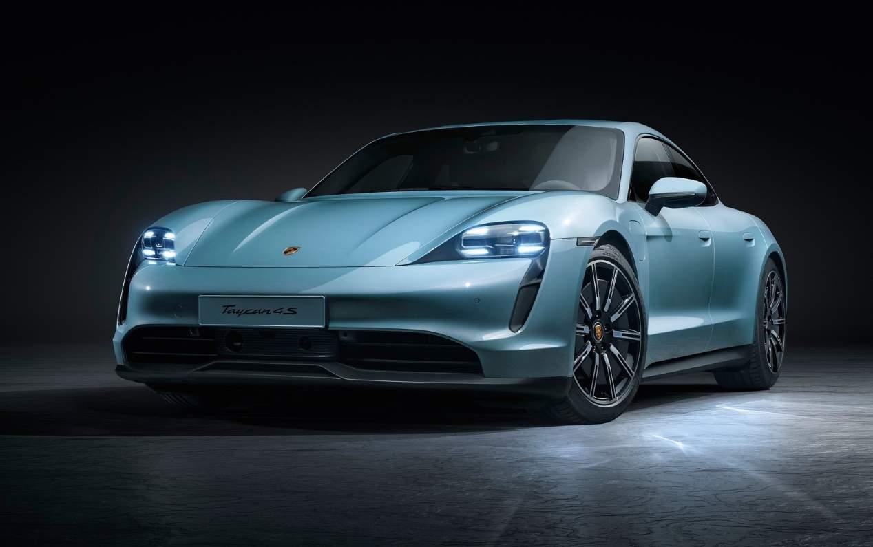 El Porsche Taycan eléctrico, ya a la venta en España