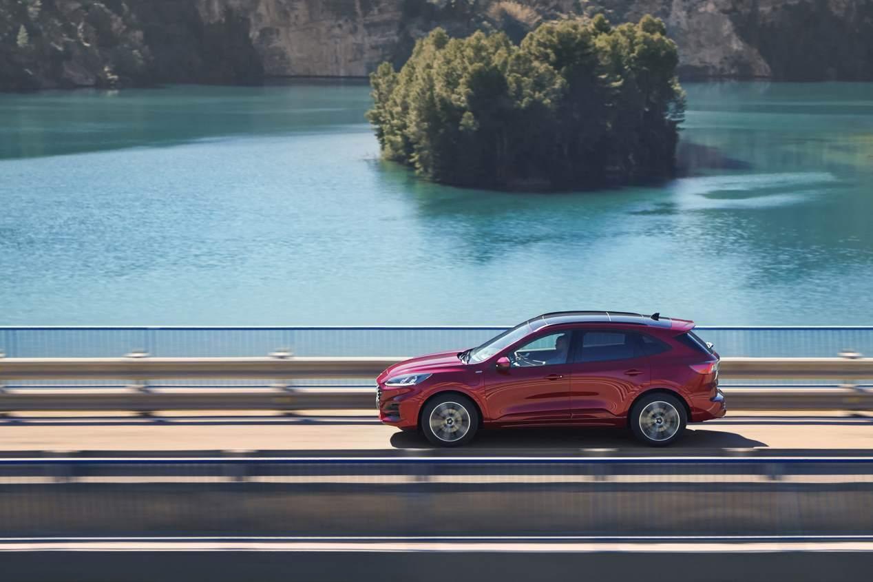 Ford Kuga vs Hyundai Tucson: así será el nuevo duelo SUV
