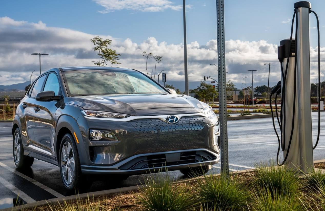 Los vehículos eléctricos, híbridos y de gas más vendidos en nuestro país