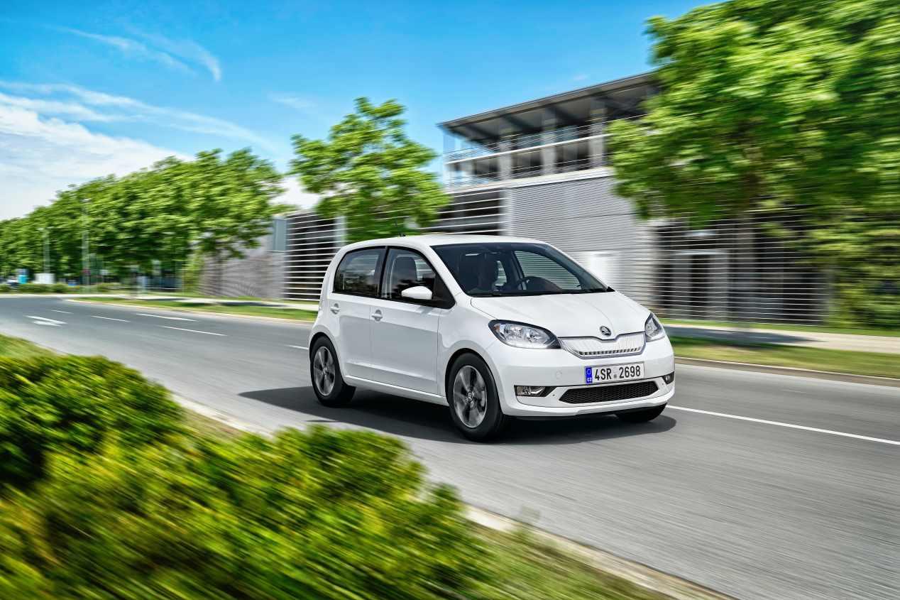 Todos los coches eléctricos que están hoy a la venta en España