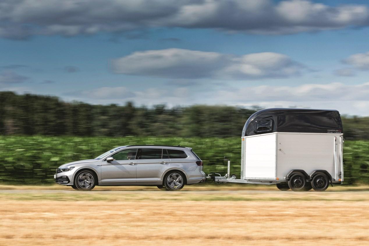 VW Passat GTE: la nueva berlina híbrida enchufable, en fotos