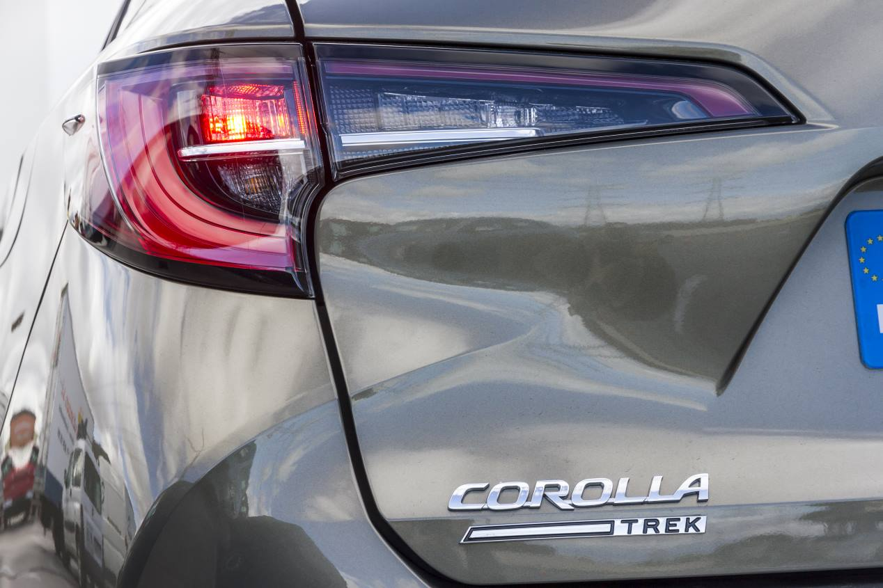 "Toyota Corolla Touring Sports Trek, un familiar de ""aires camperos"""