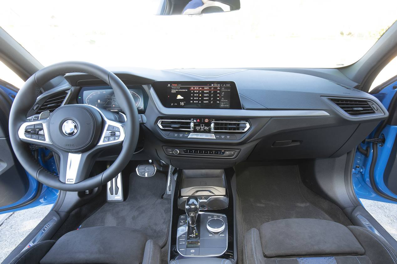 Comparativa: BMW 118d vs Mercedes Clase A 200 d