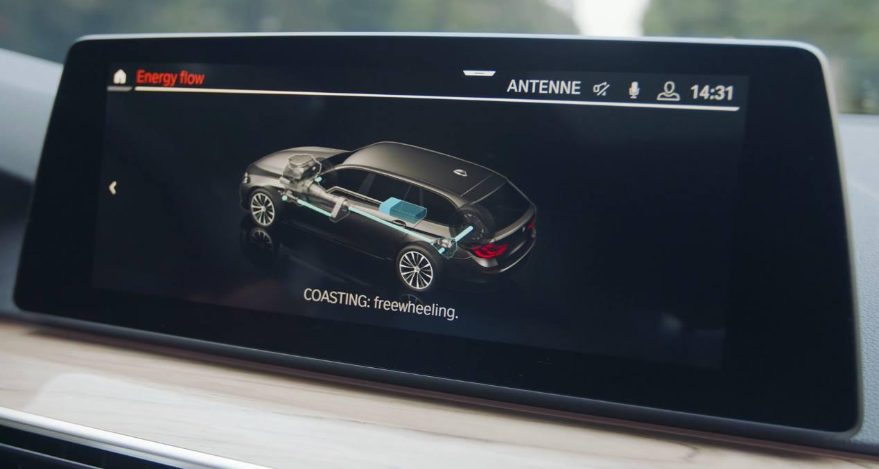 BMW Serie 3 2020: la berlina alemana recibe versiones mild-hybrid