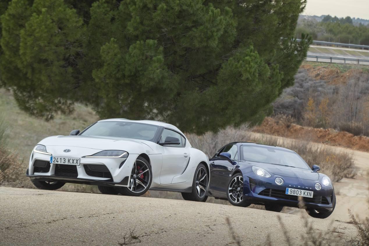 Comparativa Alpine A110 vs Toyota GR Supra: deportivos de pura raza
