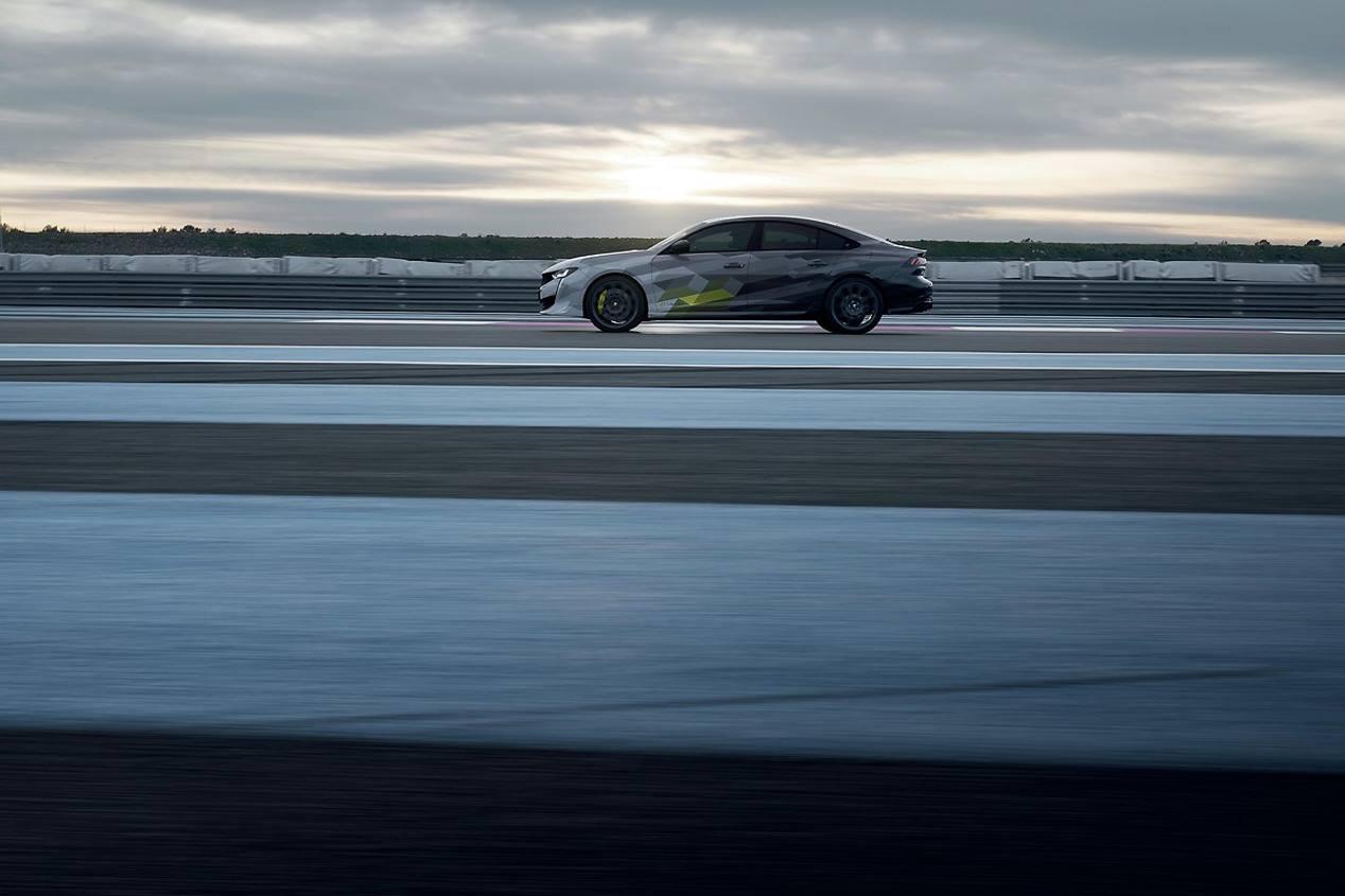 Peugeot 508 PSE 2020: la berlina deportiva híbrida, casi a punto