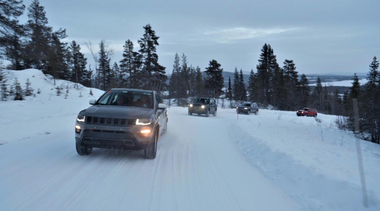 Los nuevos Jeep Renegade y Compass 4xe híbridos plug-in, en vídeo