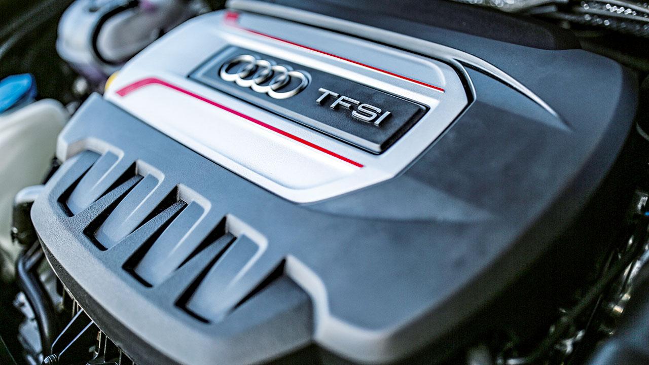 Audi S3 Sportback / BMW M135i xDrive / Mercedes-AMG A35 4Matic
