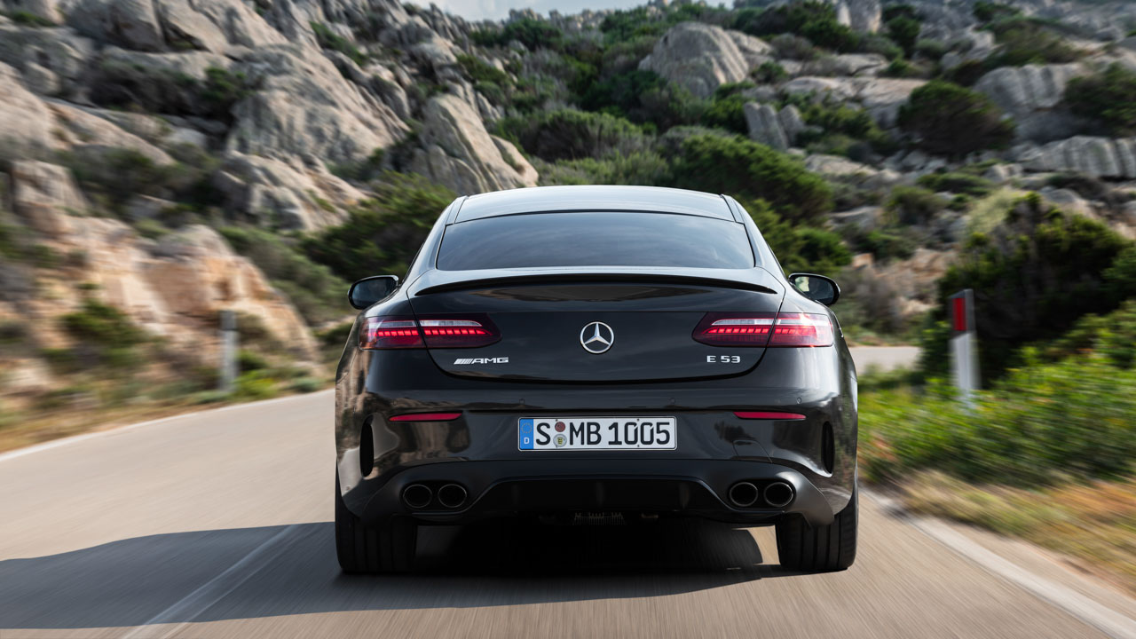 Los Mercedes E Coupé y E Cabriolet también se reestilizan al son de la renovada Clase E berlina 2020