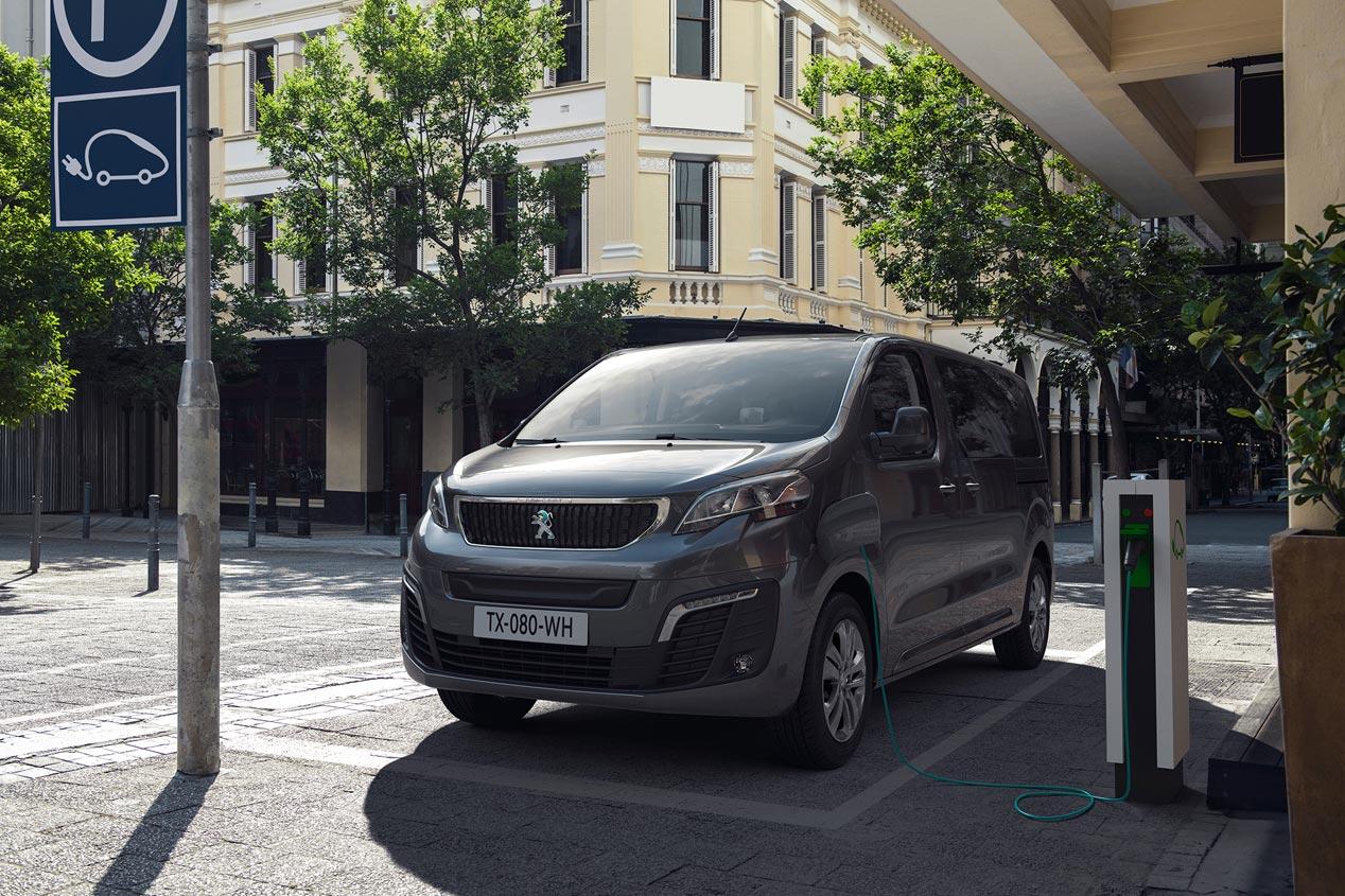 peugeot-nueva-furgoneta-electrica-e-traveller-fotos