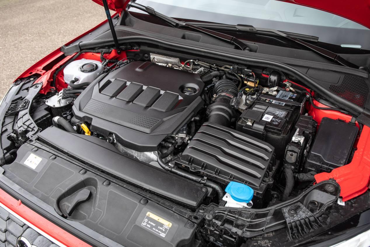 Comparativa: Audi A3 35 TDI vs BMW 118d y Mercedes A 200d