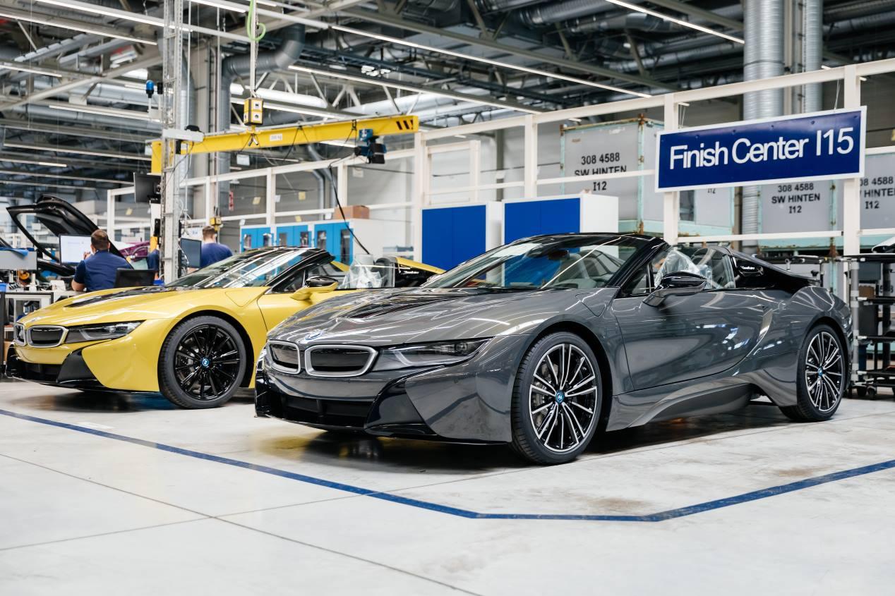 Así son los últimos BMW i8 que se han fabricado en Leipzig