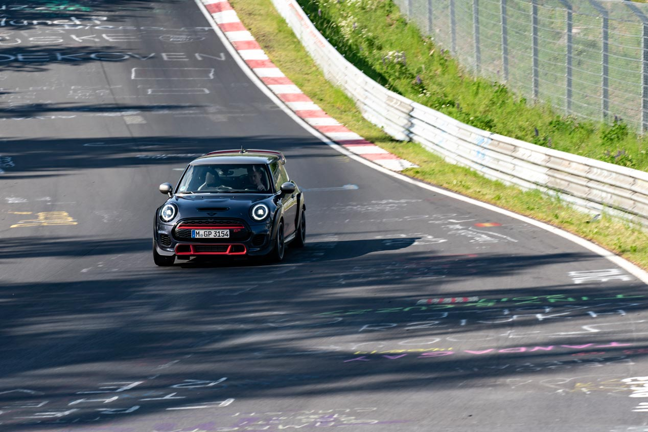 mini-john-cooper-works-gp-2020-nurburgring-fotos