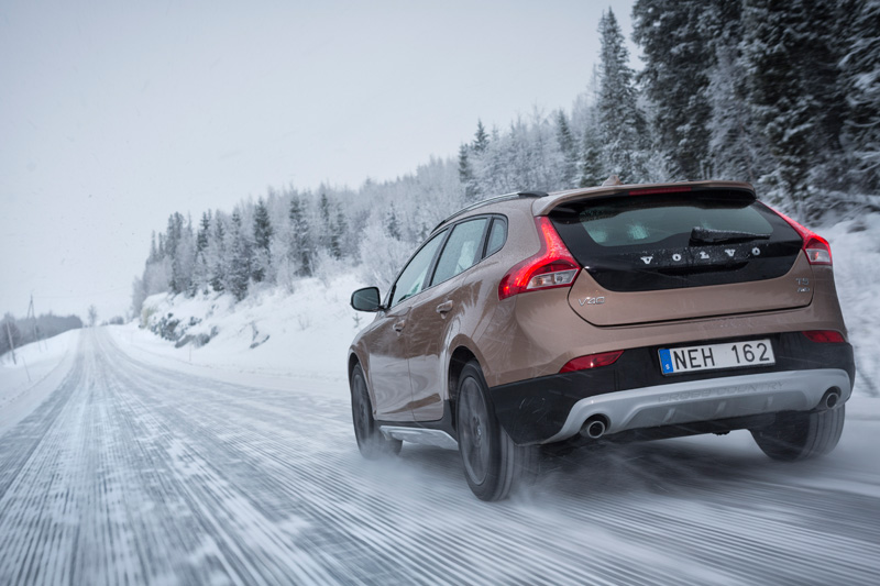 Volvo V40 y V40 Cross Country 2013