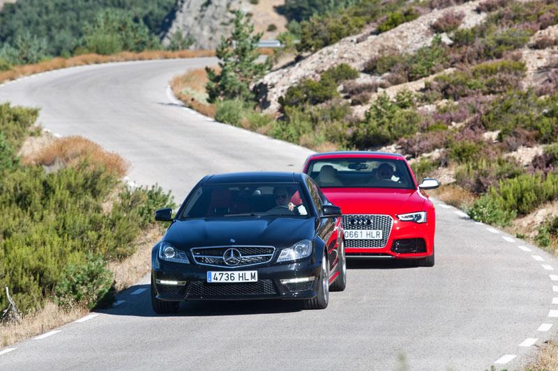 Audi RS5 contra Mercedes C63 AMG Coupé